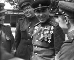 Hero of the Soviet Union, commander of the 1st Guards Tank Army, General-Colonel ME Katukova.