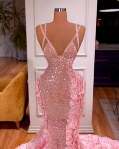 Prom Girl Dresses, Glam Dresses, Event Dresses, Fashion Dresses, Dress Prom, Formal Dresses, Pink Dress, Met Gala Outfits, Prom Outfits