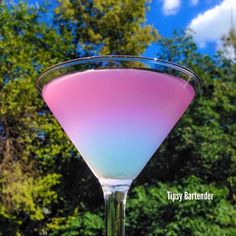SLEEPING BEAUTY 2 oz. (60 ml) Hpnotiq 1 oz. (30 ml) Kinky liqueur 1 oz.(30 ml) Sprite 1/2 oz. (15 ml) Vodka