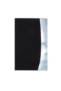 Divergence 002, 33.4 x 53 x 2.7cm, fabric on canvas, 2014© Yunji Jang