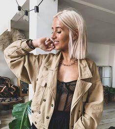 Hair Inspo, Hair Inspiration, Straight Hairstyles, Cool Hairstyles, Blunt Haircut, Blonder Bob, Hair Color And Cut, Light Blonde, Dream Hair