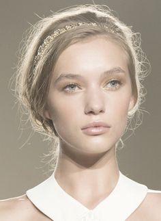 elisabetta franchi ss 15: gold lids, undefined brows, peach cheeks, transparent gloss