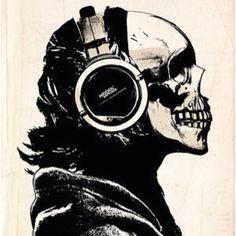 SkullPhones