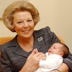Koningin Beatrix doet troonsafstand