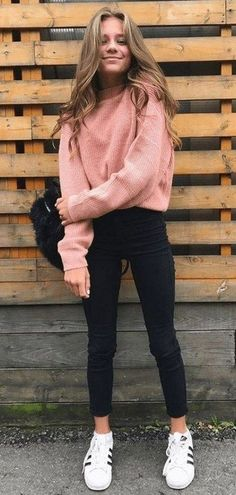 outfits warm winter outfits casual,winter outfits cold,winter outfits for. -winter outfits warm winter outfits casual,winter outfits cold,winter outfits for. Summer Outfit For Teen Girls, Winter Outfits For School, Cute Outfits For School, Winter Outfits Women, Casual Winter Outfits, Casual Fall, Comfy College Outfit, Tween Girls, College Outfit For Fall