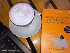 Didy Rosyidi: Hot Taro Latte Taman Kopi Serang, Made My Weekend ! 100 Year Old Man, Latte, Tableware, Board, Hot, Dinnerware, Tablewares, Dishes, Place Settings