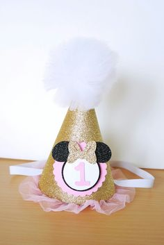 Pink and gold minnie mouse birthday hat diy glitter