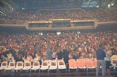 Casi 6.000 personas en el Palacio de los deportes de Madrid!!