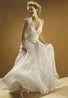 Backless chiffon halter sweetheart wedding dress by NoDoubtOnTrend, €180.00