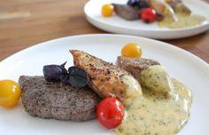 Mixed grill met béarnaise. Een Franse klassieke saus op basis van ei, boter en gastrique met kervel en dragon. Yum! Recept: www.vertruffelijk.nl