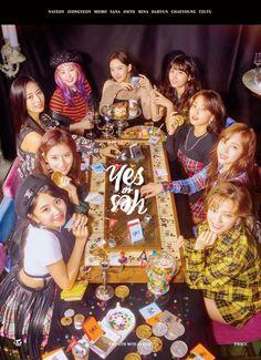 twice yes or yes momo sana mina tzuyu jeongyeon chaeyoung nayeon jihyo dahyun Nayeon, Kpop Girl Groups, Korean Girl Groups, Kpop Girls, K Pop, Shy Shy Shy, Collage Des Photos, Oppa Gangnam Style, Twice Group