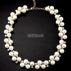 Exaggerated Rhinestone Pearl Texture Short Necklace