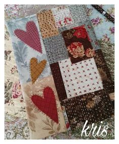 Patch Quilt, Applique Quilts, Embroidery Applique, Quilting Projects, Sewing Projects, Shashiko Embroidery, Mini Quilt Patterns, Fabric Book Covers, Fibre And Fabric