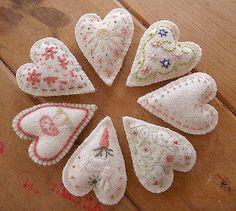 365 Sewn Hearts: December 2011