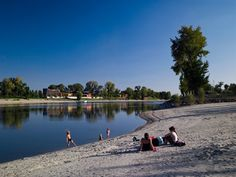 Waterfront Kopaszi Dam / T2.a Architects