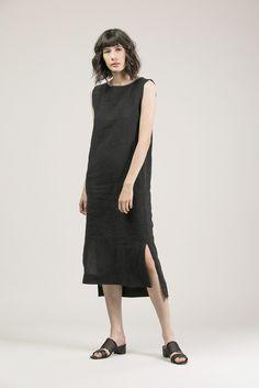 Kate Maxi, Faded Black by Ilana Kohn #kickpleat #ilanakohn
