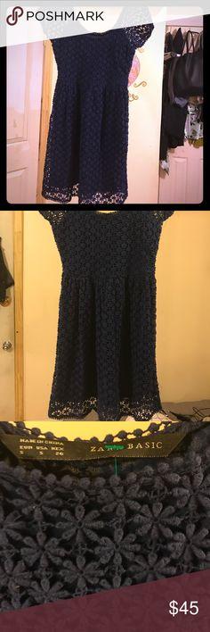 Zara floral Lace dress Blue floral Zara dress. Size small. New Zara Dresses