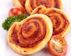 Roulés à la tomate et aux herbes de Provence (facile, rapide) - Une recette CuisineAZ
