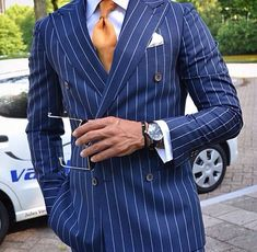 Classic Color Combinations in Menswear Sharp Dressed Man, Well Dressed Men, Mens Fashion Suits, Mens Suits, Double Breasted Pinstripe Suit, Designer Suits For Men, Denim Jacket Men, Suit And Tie, Gentleman Style