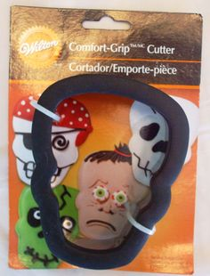 Wilson skull cookie cutter