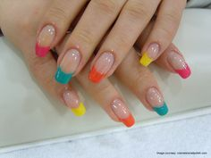 Uñas acrilicas decoradas de colores - Acrylic nails with colors