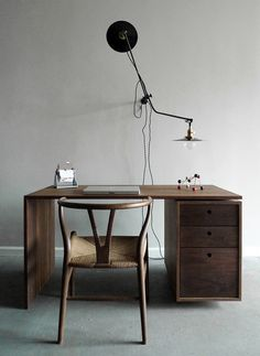 workstead's new desk.  wishbone chair