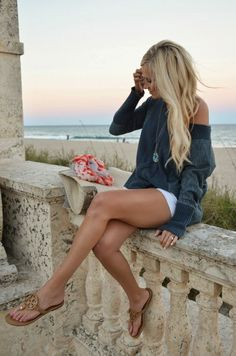 Summer style. White shorts. Grey sweater. Tory Burch sandals