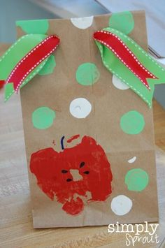 Back to School Ideas - Let your child make his/her own School Lunch sack or brown bag! Details on Frugal Coupon Living.