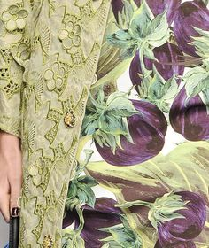 NOT ORDINARY FASHION ~Latest Luxurious Women's Fashion - dresses, jackets, shoes...
