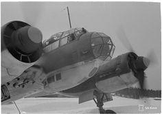 Junkers Luonetjärvellä keväällä 1944.