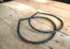 Boucles d'oreille en cuivre recyclé - EcoFriendly Copper Hoops  Upcycled Large par moonjigjewelry sur Etsy, $45,00