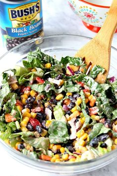 ⭐️good-added a cut up chicken griller and avo⭐️Black Bean Taco Salad Recipe - lighter version of the classic taco salad. Packed with vegetables and black beans in place of chicken for protein. The dressing is simply irresistible! Veggie Salads Recipes, Tasty Salad Recipes, Veggie Taco Salad, Dinner Salad Recipes, Vegetarian Taco Salad, Vegtable Salad, Meal Salads, Lettuce Salad Recipes, Mexican Salad Recipes