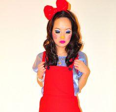 Hello Kitty Costume & Makeup.  #Halloween2011