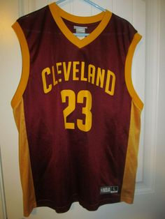 aad7409c85e3 Lebron James - Cleveland Cavaliers jersey - NBA Adult Large  NBA   ClevelandCavaliers