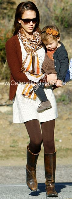 Seen on Celebrity Style Guide: Jessica Alba out with her family in Malibu - November 15, 2009