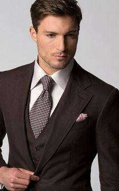 Michael Andrews Bespoke suits are crafted by our master tailors to perfectly fit your one of a kind pattern. Book an appointment for your bespoke suits. Wedding Suit Styles, Wedding Men, Wedding Suits, Three Piece Suit, 3 Piece Suits, Mens Fashion Suits, Mens Suits, Men's Fashion, Suit Combinations