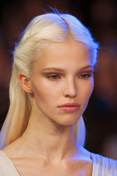 Sasha Luss at Elie Saab Haute Couture Spring 2014 _ Ice Blonde, Brown Blonde Hair, Bb Beauty, Hair Beauty, Pretty People, Beautiful People, 3 4 Face, Poses, Platinum Blonde