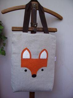 """""""Sly""""-rókás táska, Táska, Szatyor, Válltáska, oldaltáska, Natúr színű vászonra applikáltam filcből a rókafejet, 0,5 cm-es szivaccsal béleltem. Noteboo..., Meska"""