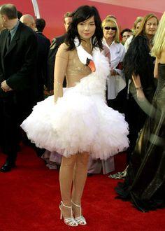 "Bjork, Best Song nomminee for ""Dancer in the Dark"" arriving for the 73rd Academy Awards 3/25/01."