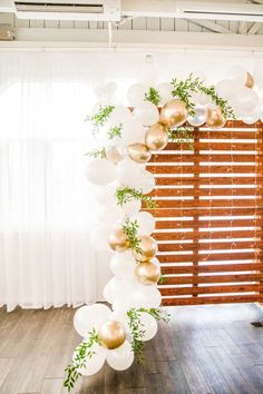 Our Wedding Balloon Garland Experience Stylish wedding balloon inspiration! Wedding Balloon Decorations, Wedding Balloons, Garland Wedding, Baloon Garland, Balloon Backdrop, Balloon Balloon, Balloon Columns, Wedding Scene, Our Wedding