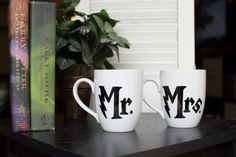 These hand-painted Harry Potter themed couples mugs are a perfect addition to and HP fans collection!    Hand-wash only