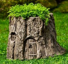 Tree Stump Fairy Door