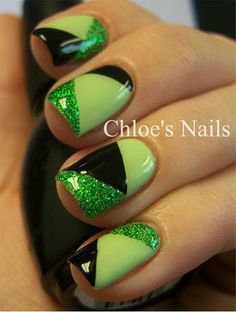 Nail Design Tutorial from Chloe& Nails. Super easy design to dress up your nails for St. Get Nails, Fancy Nails, Trendy Nails, How To Do Nails, Prom Nails, Chloe Nails, Uñas Diy, St Patricks Day Nails, Green Nail Art