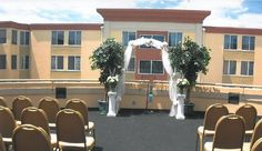 Wedding Ceremony on our terrace | Holiday Inn Conference Center | Breinigsville, PA | Call 610.391.1000 today for your tour!