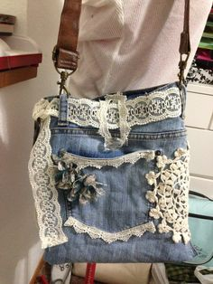 Image gallery – page 661325526510239756 – artofit Denim Bags From Jeans, Denim Tote Bags, Denim Handbags, Denim Purse, Old Jeans, Blue Jean Purses, Denim Crafts, Recycled Denim, Handmade Bags