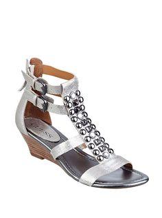 Aliano Metallic Wedge Sandals | GUESS.ca