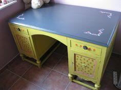 handpainted desk www.facebook.com/BOSKOStyle