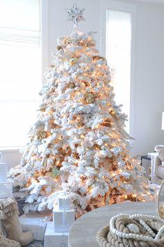 What The Flock Christmas Timechristmas Photoselegant Treesflocked Treeswhite Tree Decorationsxmas