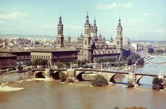 ¡Qué bonita es #Zaragoza! Disfruta de la #ciudad y ven a #CasaMontañes #restaurante #comer  www.casamontanes.com