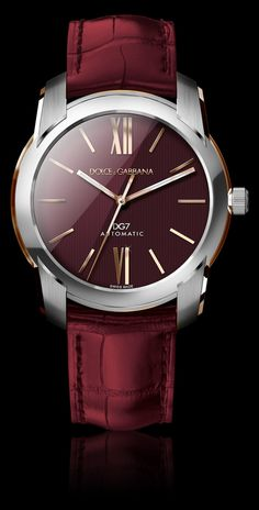 Watch for men with steel case and crown. Rose gold details, burgundy alligator watch strap.